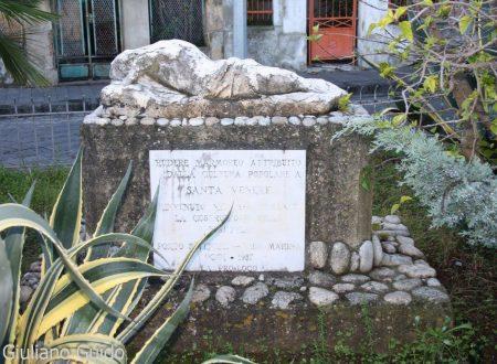 """La statuetta mutila di """"Arianna addormentata nell'isola di Nasso"""" nel area del Porto di Vibo Marina. Di Giuliano Guido"""
